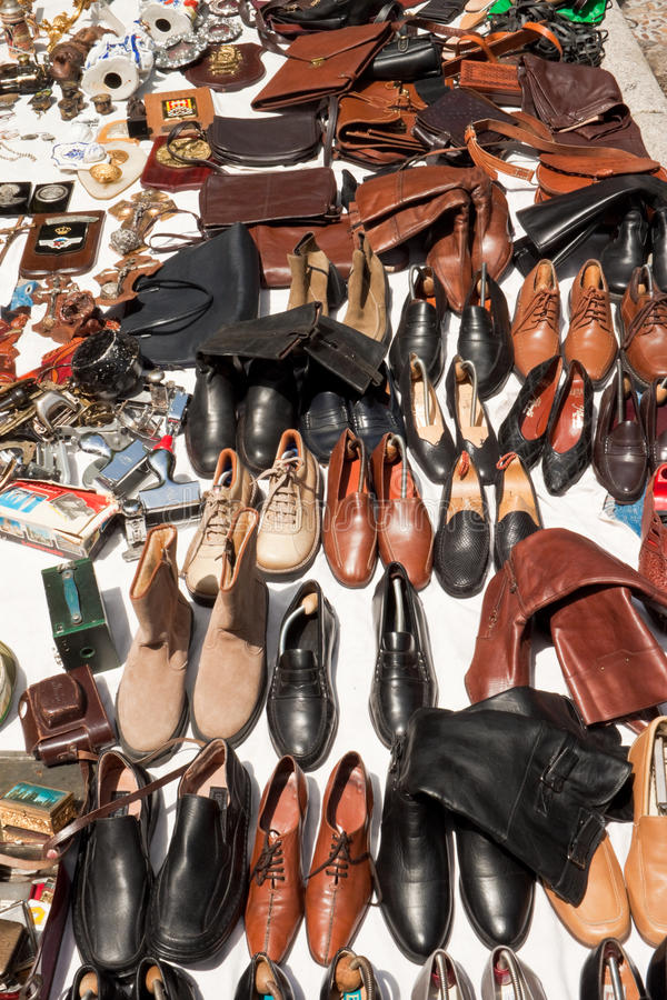 Download Shoes And Bags On A Flea Market Editorial Photo - Image: 32233306