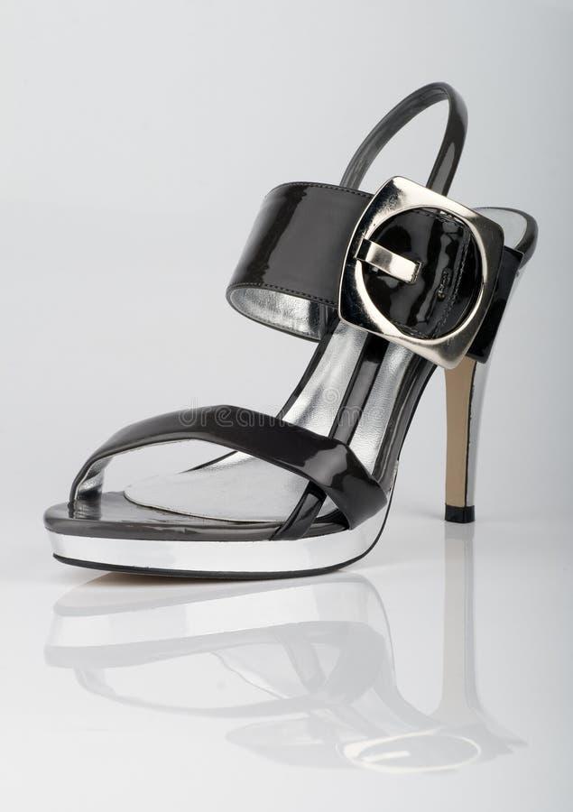 shoes kvinnan royaltyfria bilder