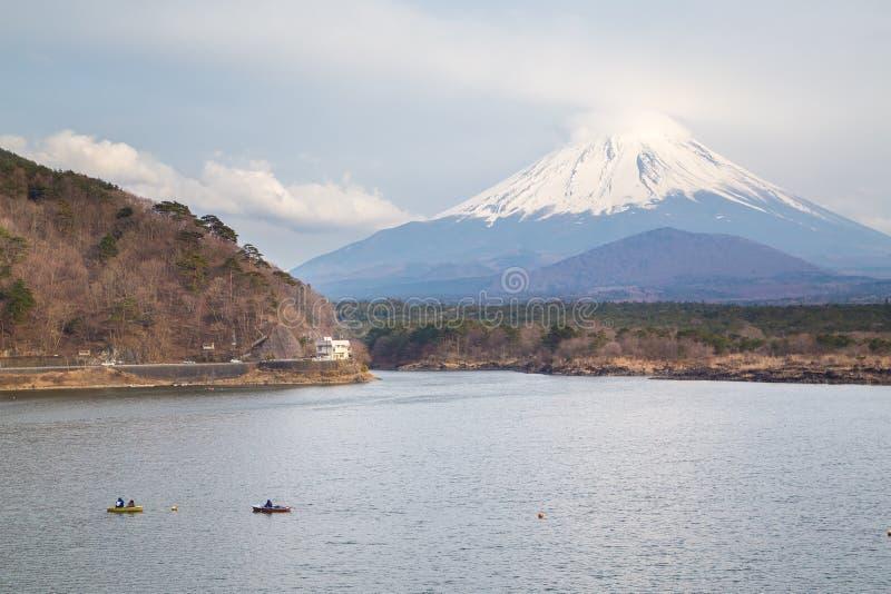 Shoji do lago e montanha Fuji fotografia de stock