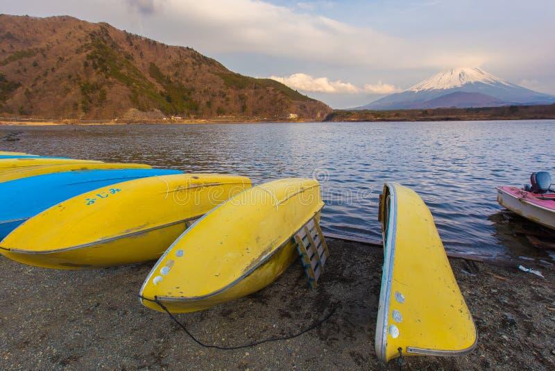 Shoji do lago e montanha Fuji fotos de stock royalty free