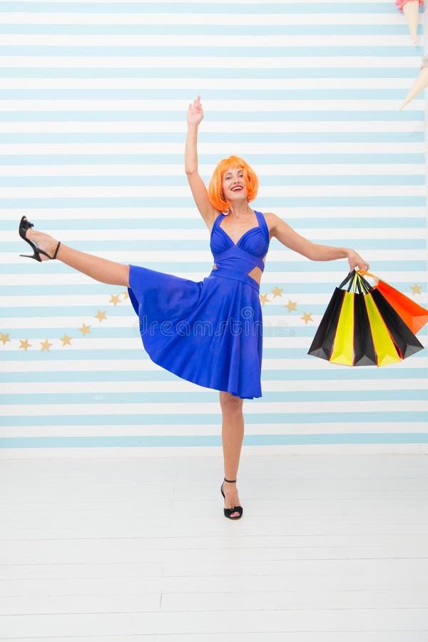 shopaholic Forma Vendas pretas de sexta-feira Últimas preparações venda grande no shopping r fotos de stock