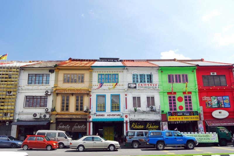 Shophouses an der Kuching Stadt. lizenzfreie stockbilder