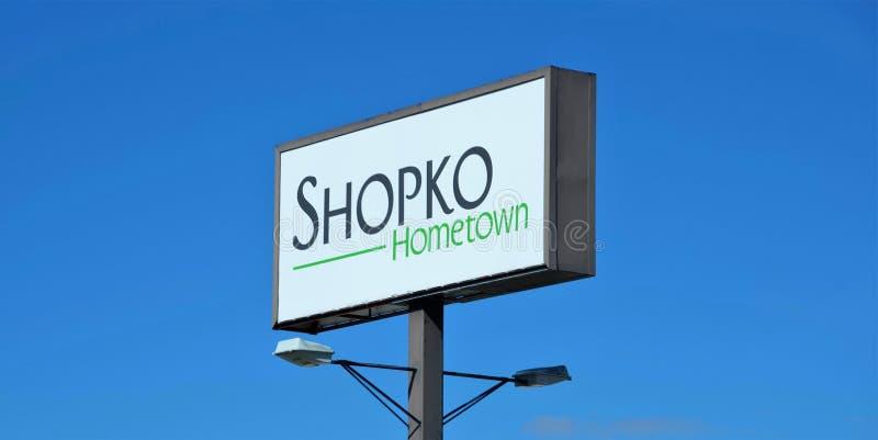 Shopko Hometown Roadsign στοκ φωτογραφία με δικαίωμα ελεύθερης χρήσης