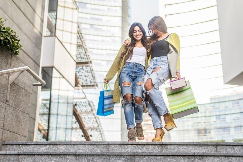 Shoppa för män arkivfoto