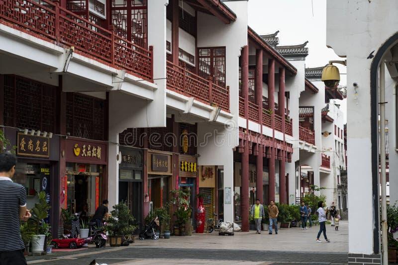 Shoppar på den Wenbo slotten royaltyfri foto