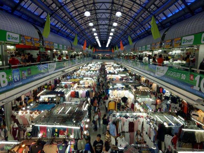 Shopping de Greenhills imagens de stock royalty free