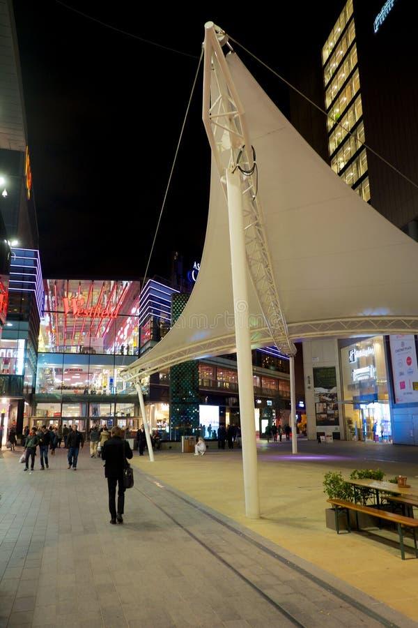 Shopping de Westfield, a rua imagens de stock royalty free