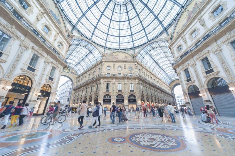 Shopping em Milão, Itália fotos de stock royalty free