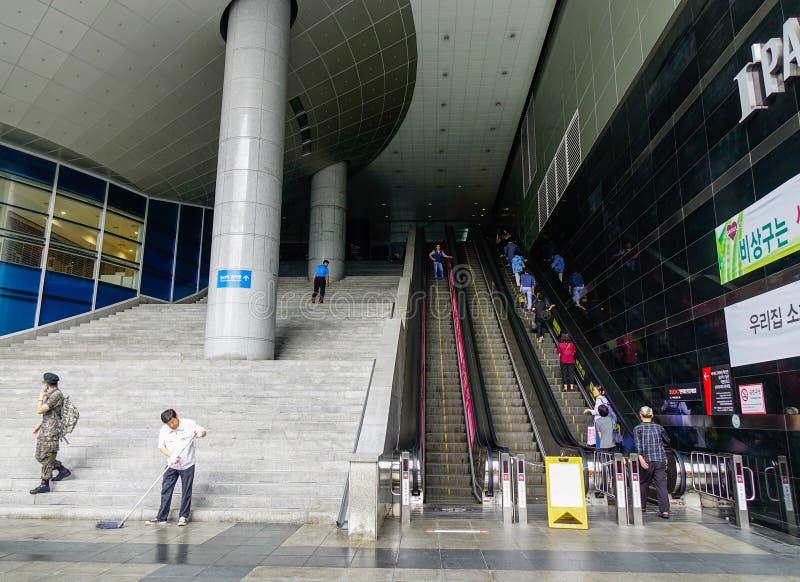Shopping em Seoul, Coreia do Sul foto de stock royalty free