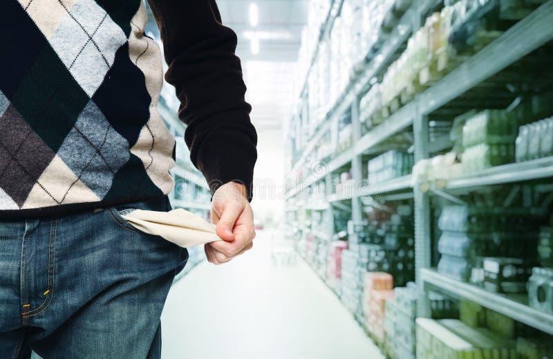 Shopping för fattig man royaltyfria foton