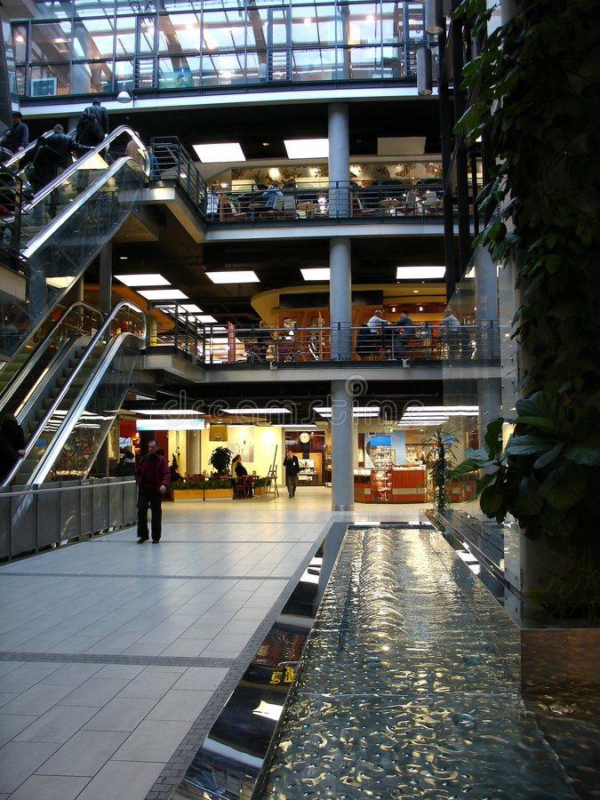 Download Shopping Mall Royalty Free Stock Image - Image: 654536