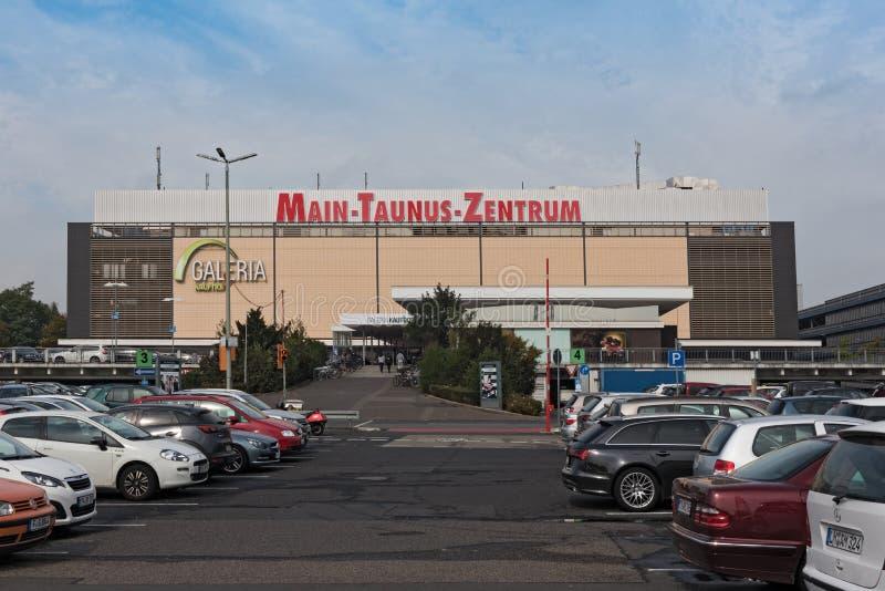 Shopping Taunus principal Zentrum, Sulzbach, Hesse, Alemanha imagem de stock royalty free