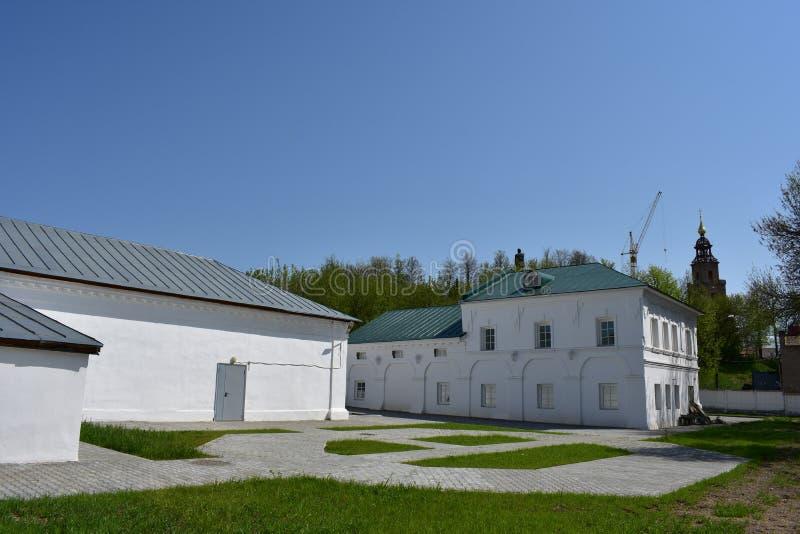 Shoppinggalleri i Kostroma den exemplariska och indikativa monumentet av traditionell stads- konst arkivbild