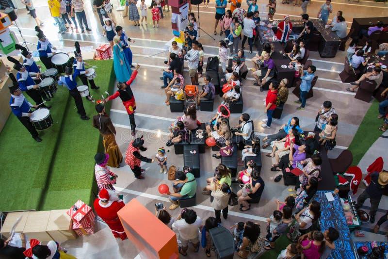 Shoppinggalleria i Bangkok, Thailand, vilket av det störst shoppar arkivbild