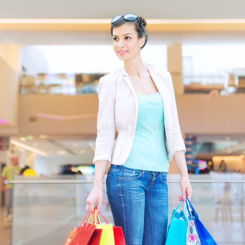 Shoppingtid royaltyfri bild