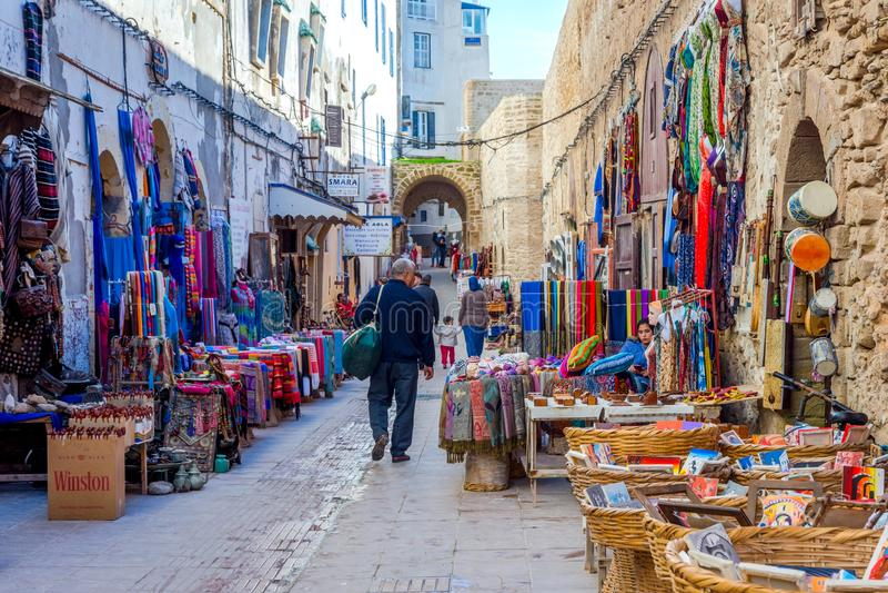 Shops in Essaouira, Marokko lizenzfreies stockfoto