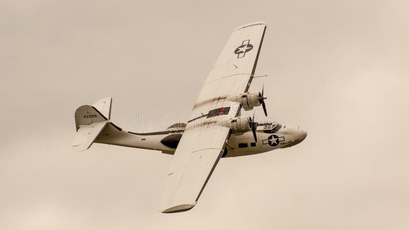 Shoreham Airshow 2014 - desfile aéreo de Sunderland foto de stock royalty free