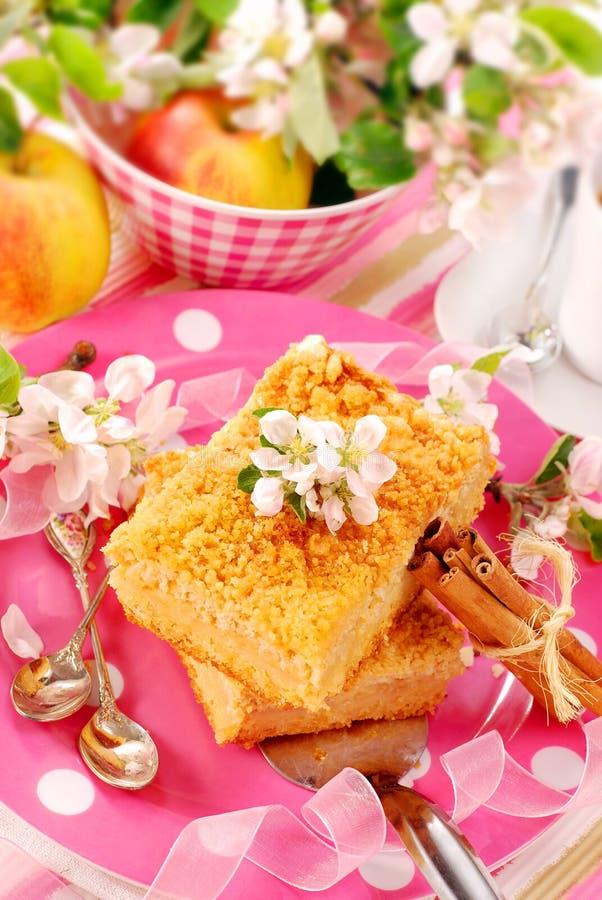 Shortcake del Apple con la briciola fotografia stock
