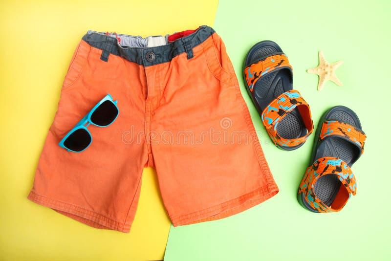 Shorts et sandales d'Ummer images libres de droits