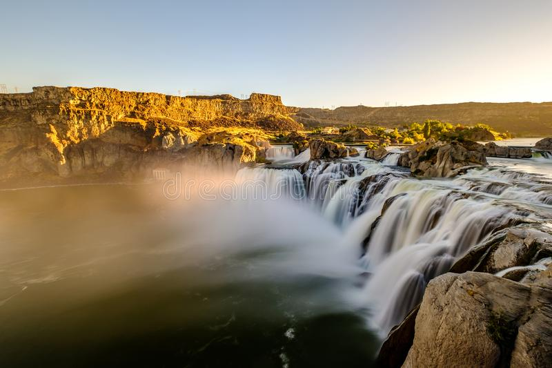 Shoshone fällt bei Sonnenaufgang in Twin Falls, Idaho lizenzfreie stockbilder