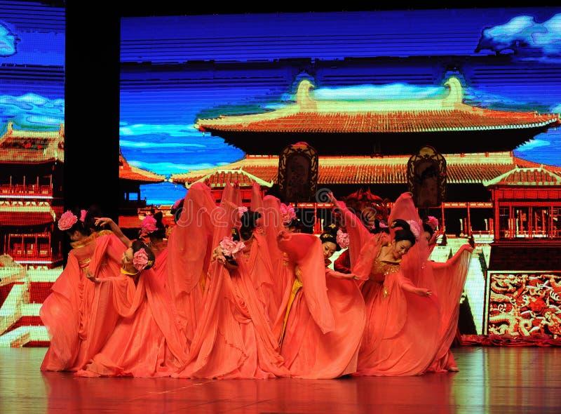  show†сценариев масштаба династии тяни горничн-большое  legend†дороги стоковое фото rf