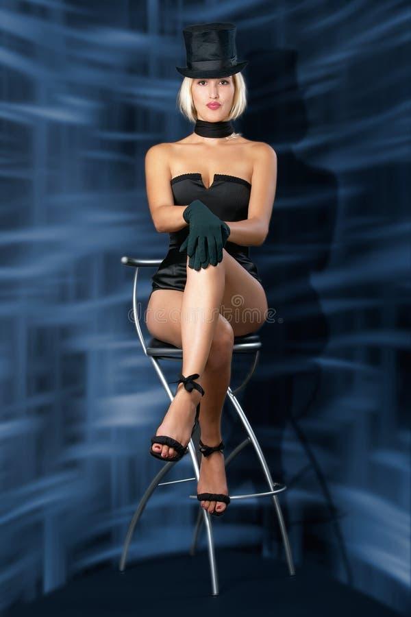 showgirl för stångkabaretstol arkivbilder