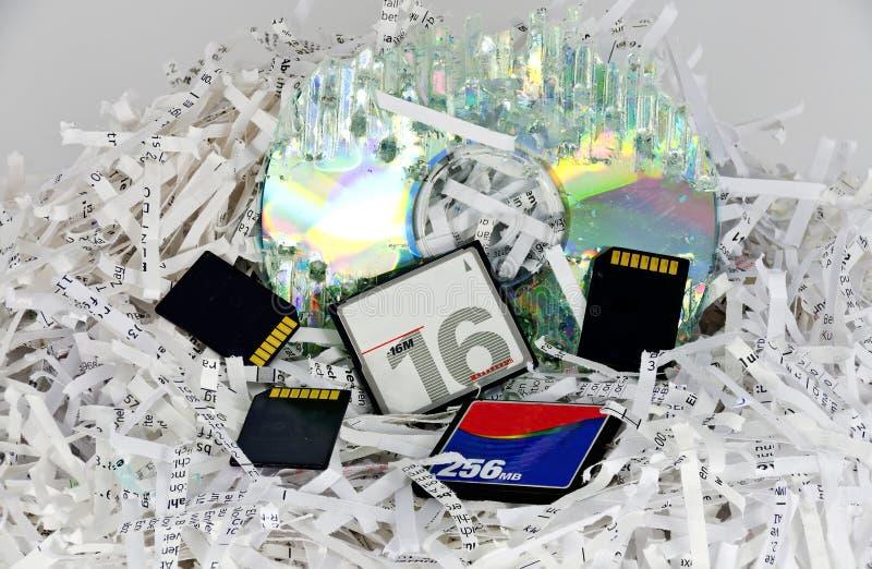 Shredded бумаги и запоминающие устройства хранения данных стоковые изображения