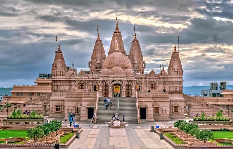Shree Swaminarayan tempel, Ambegaon, Pune arkivfoton