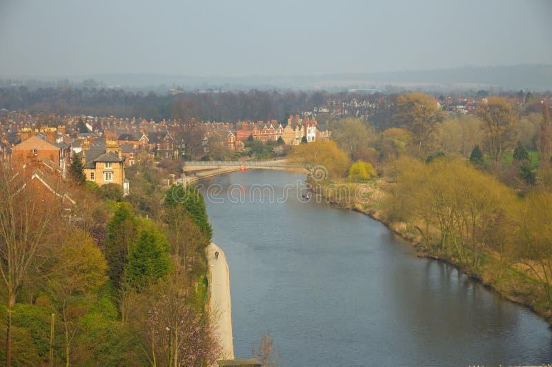 Shrewsbury y el río severn fotos de archivo libres de regalías