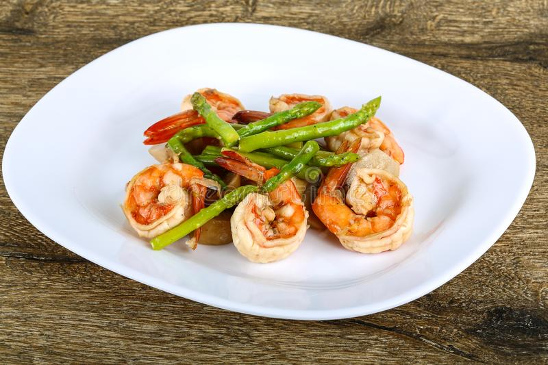 Shrimp and asparagus royalty free stock photo