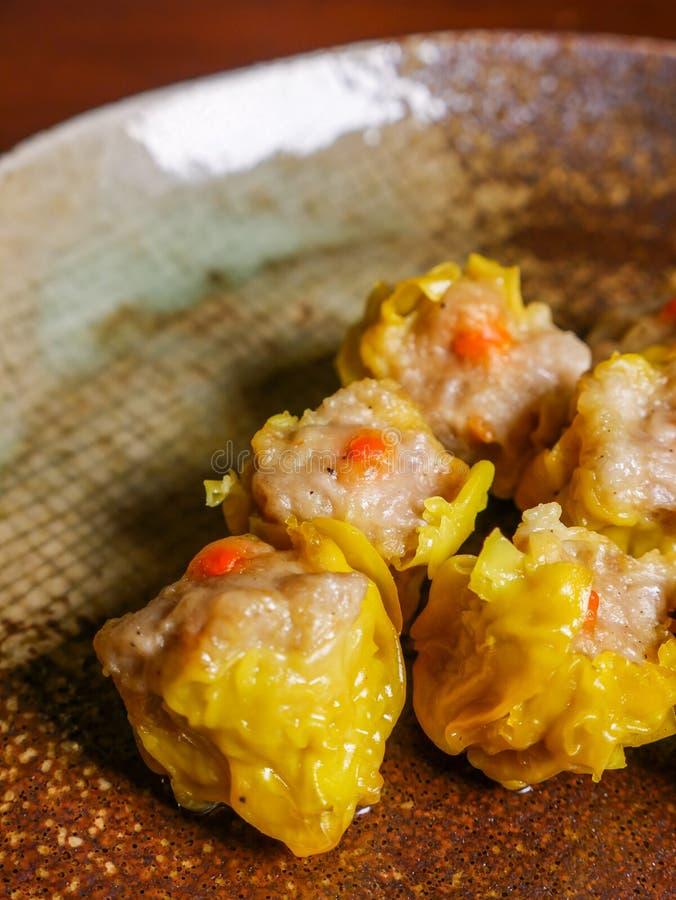Shumai una comida china de las bolas de masa hervida de Dim Sum foto de archivo