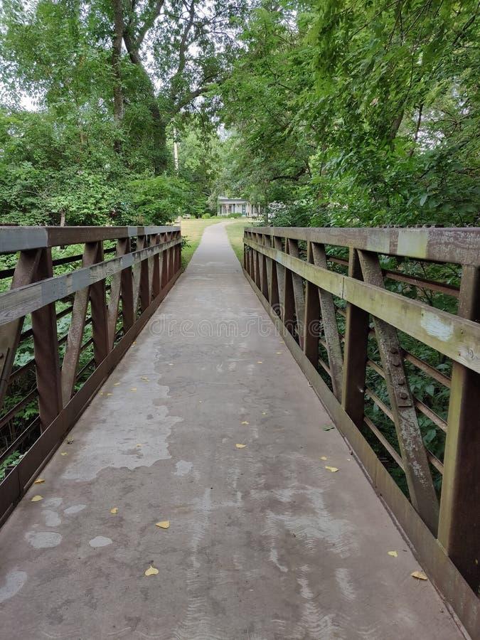 Shunga bro, Topeka, Kansas, cykelslinga arkivbilder