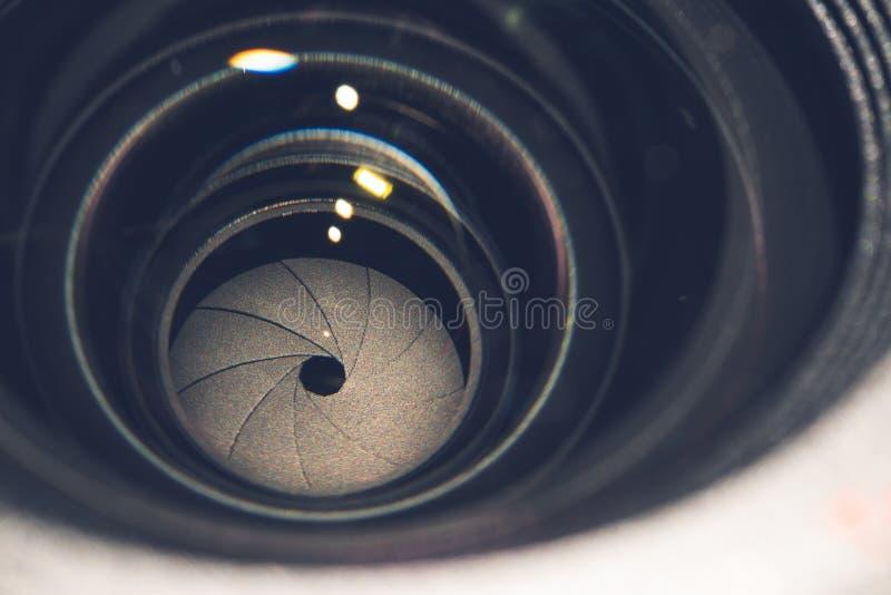 Shutter as lâminas do close up da lente da vista superior fotos de stock
