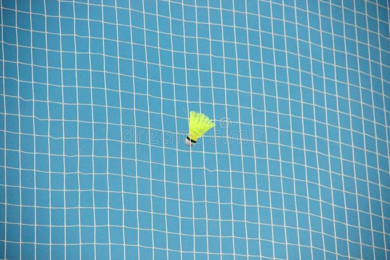 shuttlecock в бадминтоне решетки стоковое фото