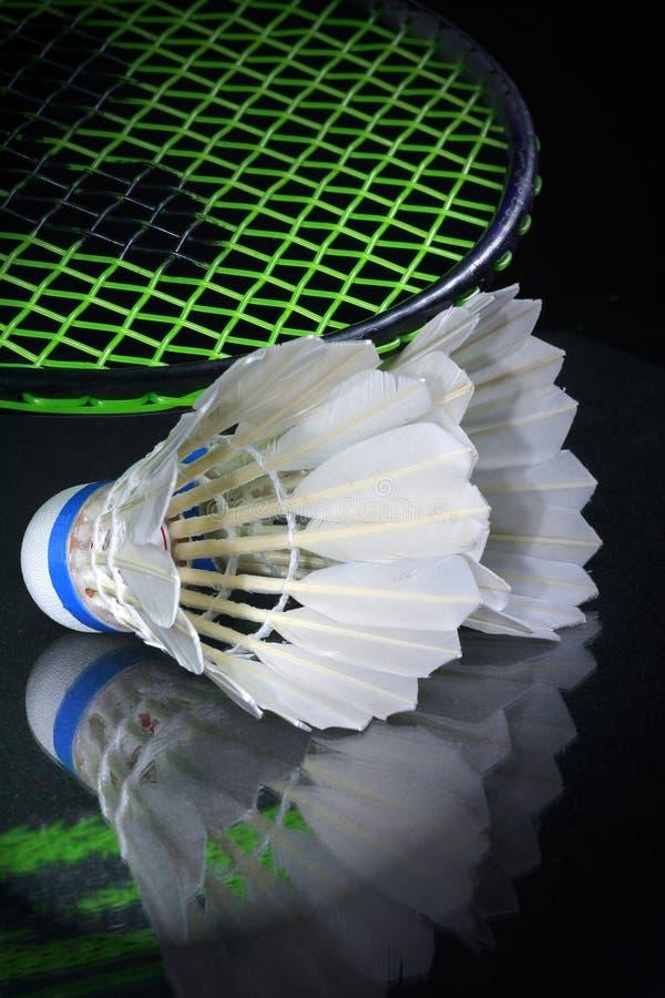 Shuttlecock e badminton imagens de stock