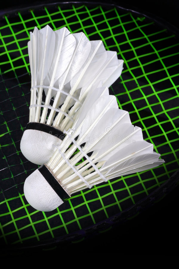 Shuttlecock und Badminton lizenzfreies stockfoto