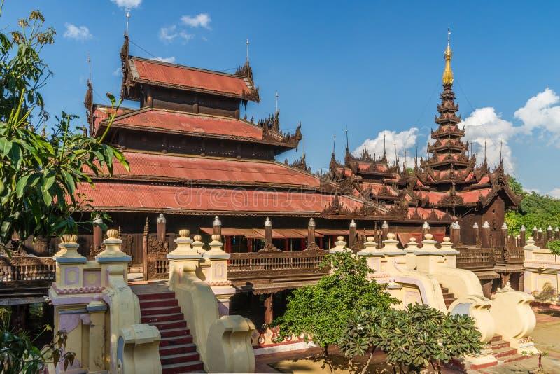 Shwe en el monasterio de Kyaung del compartimiento imagen de archivo