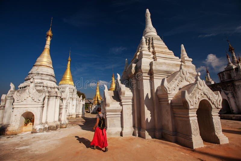 Shwe Indein - священное место около озера Inle, Мьянмы стоковое фото rf