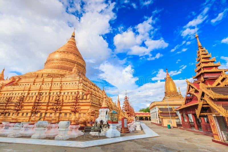 Shwe Zi Gon Paya i Myanmar royaltyfria bilder