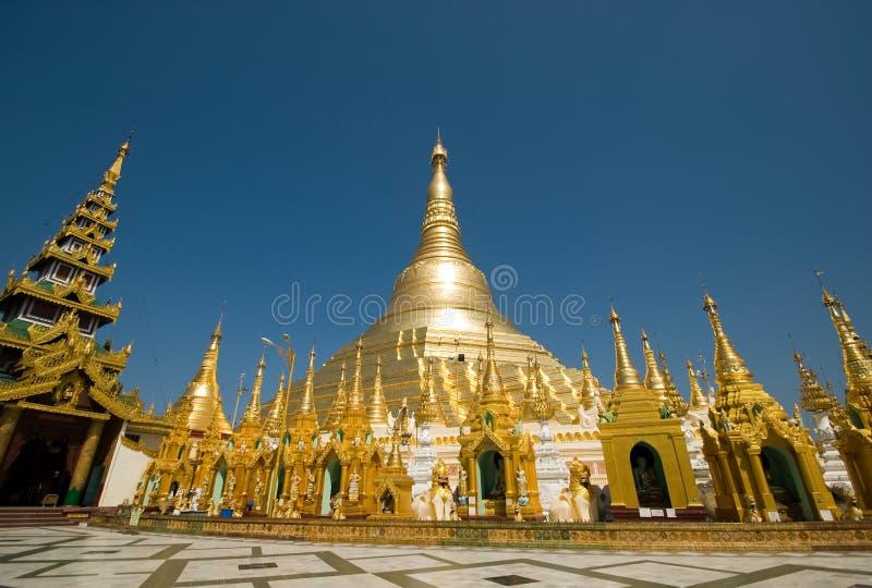 shwedagon pagoda стоковое фото