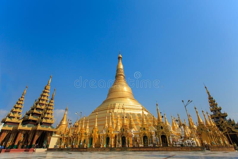 Shwedagon pagoda arkivbilder
