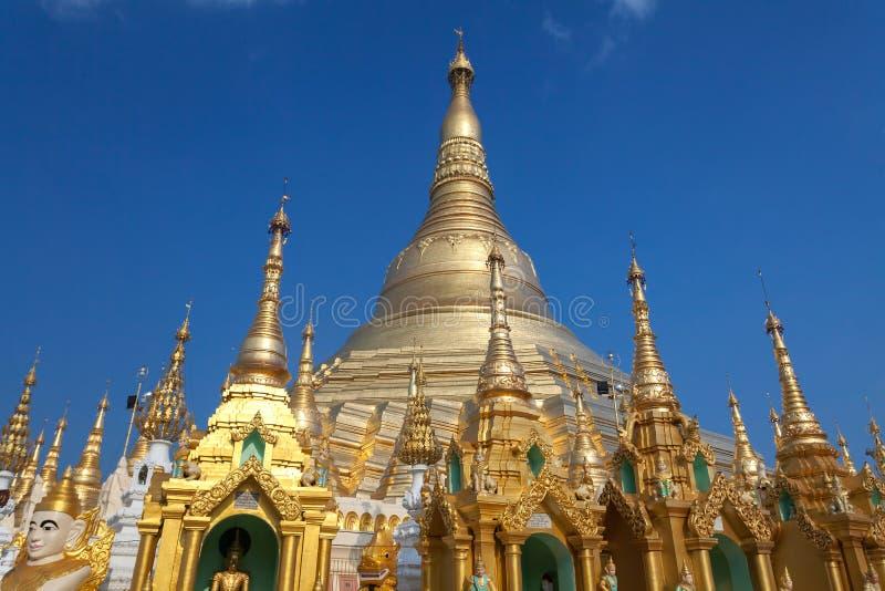 Shwedagon pagoda arkivfoto