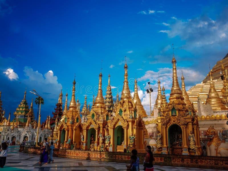 Shwedagon Pagoda-Yangon-Myanmar image libre de droits