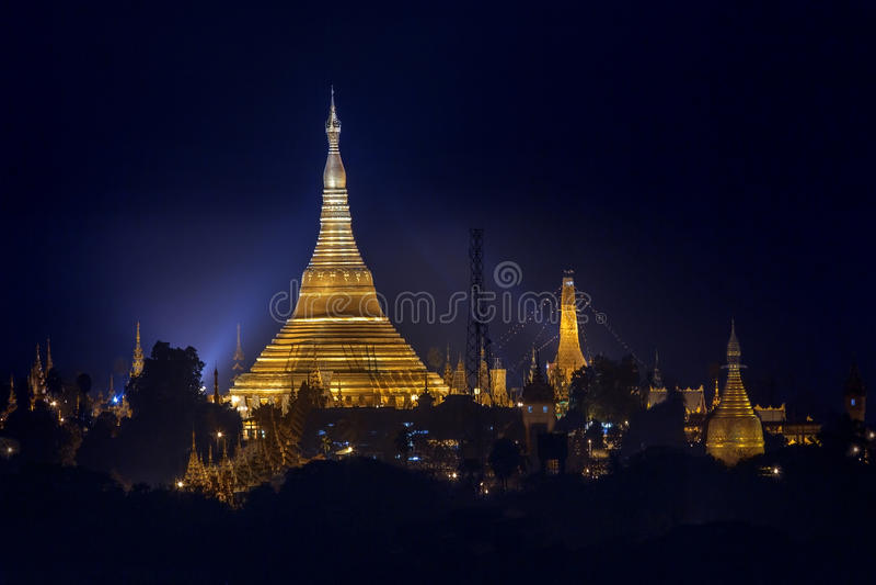 Shwedagon pagoda - Yangon Myanmar obrazy stock