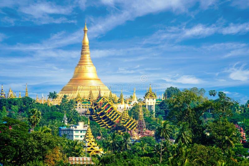 Shwedagon-Pagode auf Myanmar Birma lizenzfreie stockbilder
