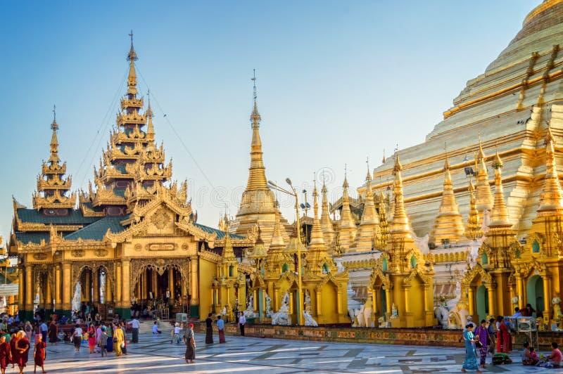 Shwedagon-Pagode in Rangun, Birma Myanmar stockbild