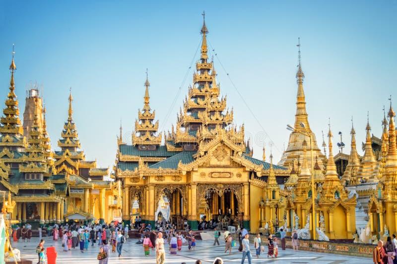 Shwedagon-Pagode in Rangun, Birma Myanmar lizenzfreie stockfotografie