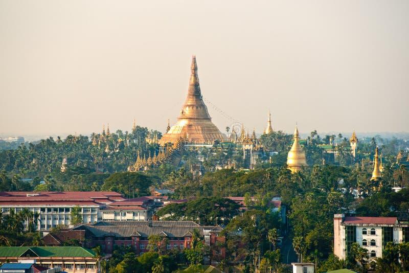 Shwedagon Paya, Yangoon,缅甸。 库存图片