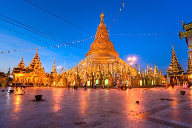Shwedagon Paya, Yangoon, Myanmar. fotografia stock libera da diritti