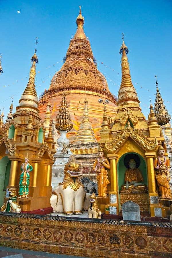 Shwedagon Paya, Yangoon, Myanmar. immagine stock libera da diritti